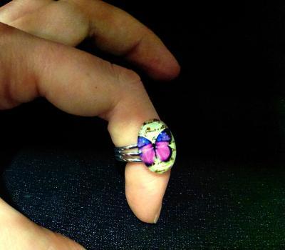 Bague violette Papillon