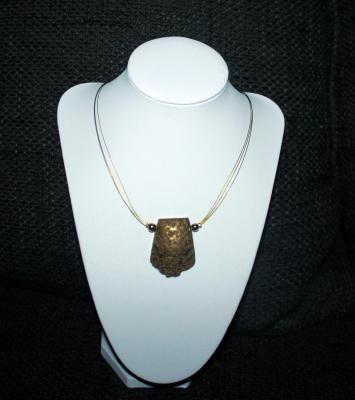 Collier Orucy design